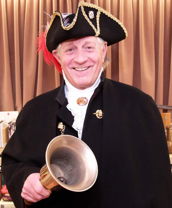 Cambridgeshire, Hertfordshire and Bedfordshire Town Crier Les Ames