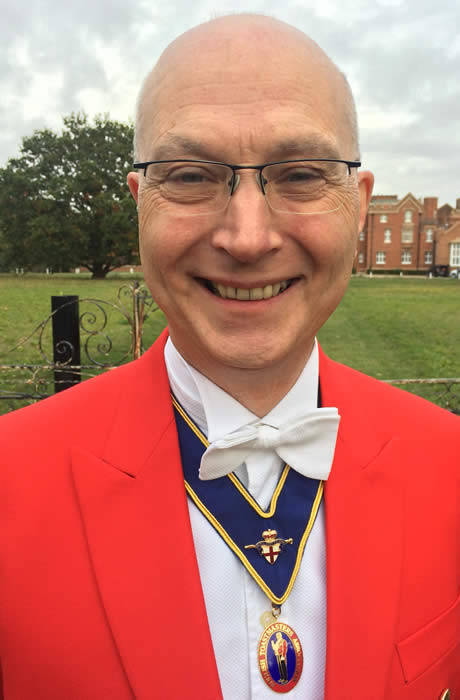 Professional wedding toastmaster Keith Hoskins will make sure that your event runs like a dream