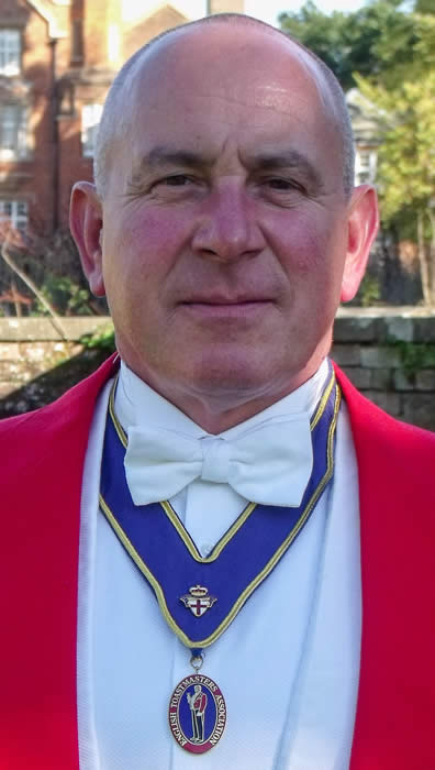 Essex based toastmaster Simon Eve