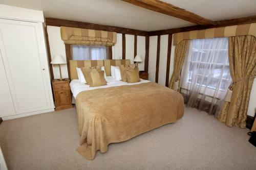 Channels Lodge bedroom